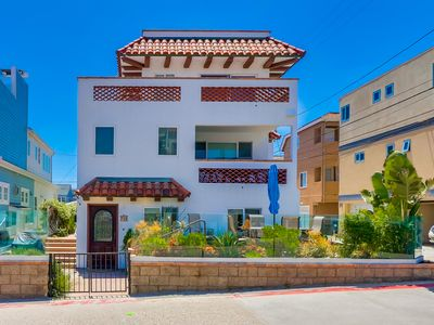 Photo for 1 House to Beach + Ocean Views + Rooftop Deck