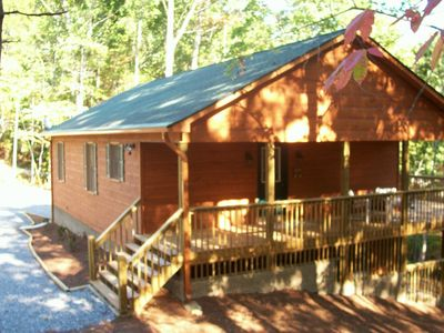 Photo for Cozy Cabin With Hot Tub And Internet, Gas BBQ Grill & Fire Place.