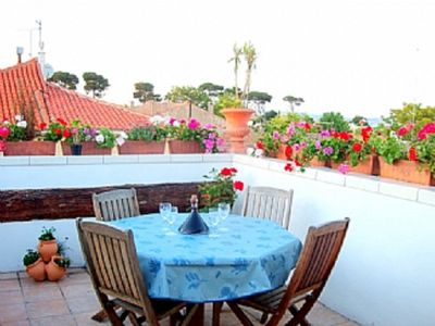 Photo for Village house, central Marseillan, 2 double bedrooms, pretty roof Terrace