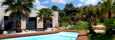 Photo for Beautiful villa of architect, large heated swimming pool, 8 pers, between sea and Cévennes