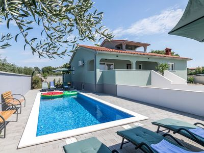 Photo for Villa Casa Baioco – a fully equipped vacation house with pool in small town Galizana that offers a quiet escape from crowds and enriches your Istrian holiday experience.