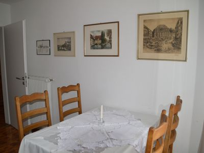 Photo for Beautiful bright 2 x 2 bed apartment. Central (4 to 6 people)