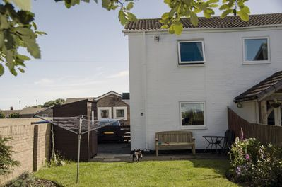 Rear Enclosed Garden, Patio Area with Garden Bench & Patio Table and Chairs