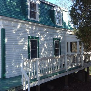 Photo for Classic Maine Cottage with Screen Porch