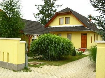 Photo for Apartment Balatonberény for 6 persons with 3 rooms - Apartment