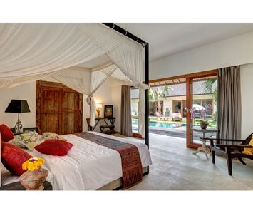 Photo for LARGE 5 Bedroom Villa Seminyak, Rice Paddy View, Near Eat Street, Close Beach
