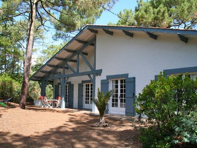 Photo for Beautiful, well maintained Landes house, walking distance to bay and ocean