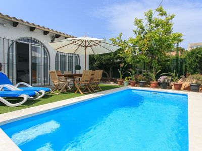 Photo for Beach Villa Belgica: Private Pool, Walk to Beach, A/C, WiFi, Car Not Required