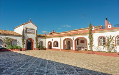 Photo for 4 bedroom accommodation in El Garrobo