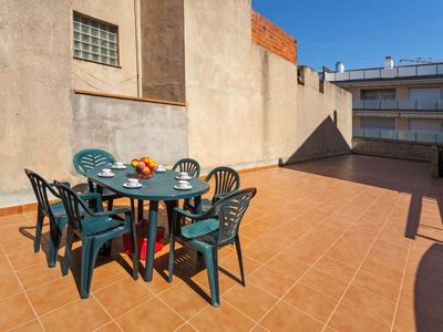 Photo for Apartment in the center of Palamós with Washing machine, Balcony, Terrace (88575)