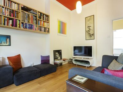 Photo for Chic and vibrant 1 bed property in sought after Notting Hill (Veeve)