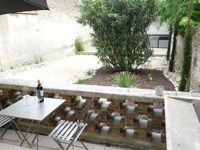 Photo for TRIBUS Gite Urbain between Cité and Bastide ★ Garden-breakfast
