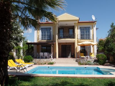 Photo for Luxury private detached villa in peaceful location near to all amenities.