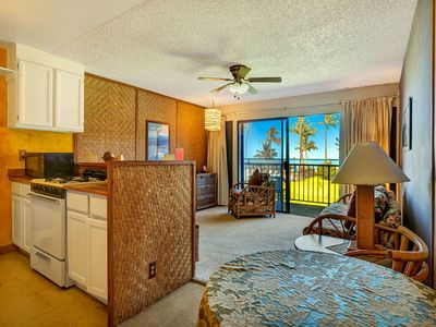 Photo for Super Coastal+Garden View! Casual w/Lanai, Kitchen, Cable TV–Molokai Shores 220