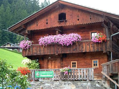 Photo for Quaint Selbstversorgerhütte at the Zillertal High Road, Schibusha