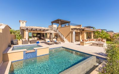 Photo for Outdoor Paradise! Villa w/ Infinity Pool, Hot Tub & Private Shuttles!