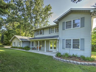 Photo for Private Plymouth House - 20 Mins to Ann Arbor!