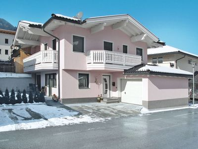 Photo for One bedroom Apartment, sleeps 4 in Aschau im Zillertal with WiFi