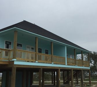 SPECIAL SPRING AND SUMMER RATES! Luxury Camps Waterviews!