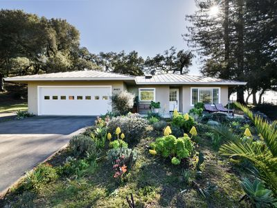 Photo for Beautiful Retreat with Mountain Views Near Hearst Castle and San Simeon Beach!
