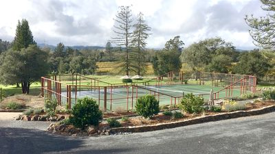 Photo for Tennis paradise in sonoma wine country