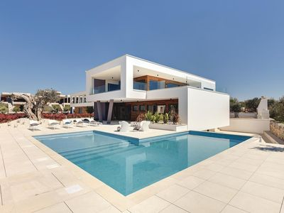 Photo for Luxurious villa with private pool, WiFi, 6 bedrooms, 6 bathrooms, BBQ and sea views from the balcony