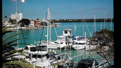 Waterfront, Pool, Close to Beach_Pets_Discount Rates!
