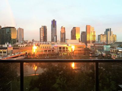 Photo for Stunning River Views Melbourne Open Plan OneBedroom Apt Central Location