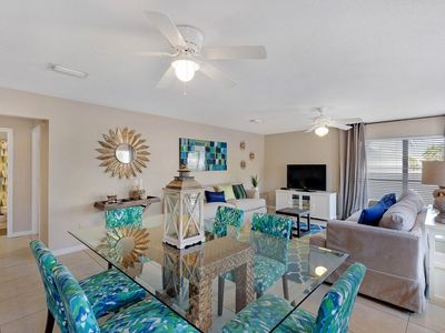 Photo for Fabulous Style & Affordability! 2BR/2BA Recently Re-Decorated easy Beach Access!