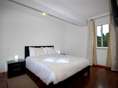 Photo for Villas Quinta da Lapa 2. Flat E. Heated pool. WiFi