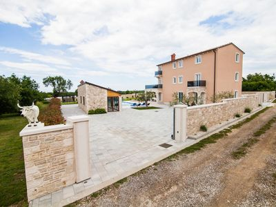 Photo for House in Vodnjan (Fažana), capacity 14+0