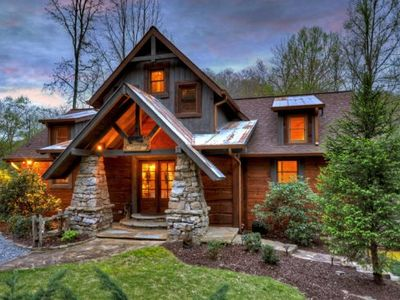 Photo for Luxury Mountain Cabin on the Toccoa River
