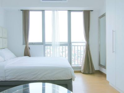 Photo for NEW!1-BR Acqua nr Rockwell/Makati w WiFi + Cable