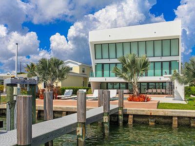 Photo for Amazing five bedroom super modern waterfront with open wide bay views