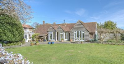 Photo for Country cottage in Fittleworth