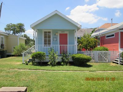 Photo for Adorable Shot Gun Cottage, Blocks From The Beach, The Pier And The Strand
