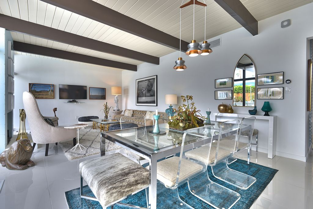 Impeccable Mid Century Modern Home wArtistic Flair