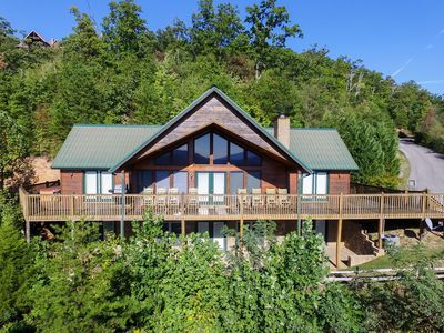 Photo for MOUNTAINTOP EXPERIENCE - 4 Bedrooms, 4 Baths, Sleeps 15