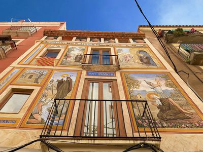 Photo for ➡️ HISTORICAL apartment to 1️⃣ min from the CATHEDRAL of TARRAGONA 🌟