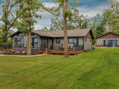 Spectacular New Lakefront Home On Main Gull Lake With Bunkhouse - Sleeps 16