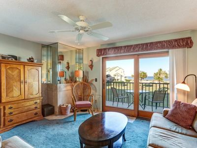 Photo for Inviting Oceanfront Townhome With Delightful Views!