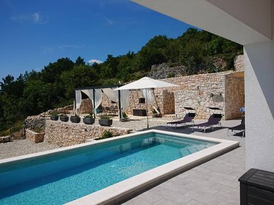 Photo for Luxury villa with sea view & infinity pool, free wifi, top equipped
