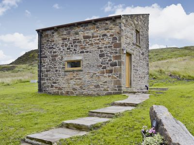Photo for 1 bedroom accommodation in Hayfield near Buxton