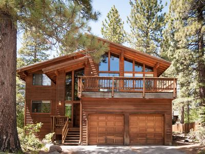 Photo for Spacious family-size Dollar Point home with hot tub