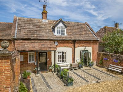 Photo for Stable Cottage, WORTON