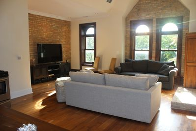 Living room area with lots of sunlight