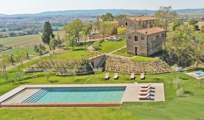 Photo for Impressive Luxurious 16th Century Estate in the Outskirts of Siena