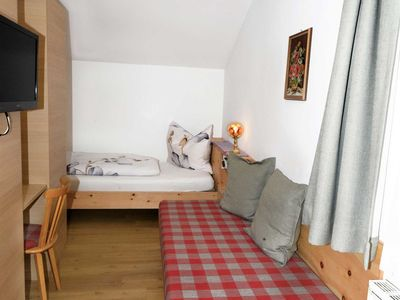 Photo for Single room with shower and toilet 3 - Gästehaus Sonnenheim