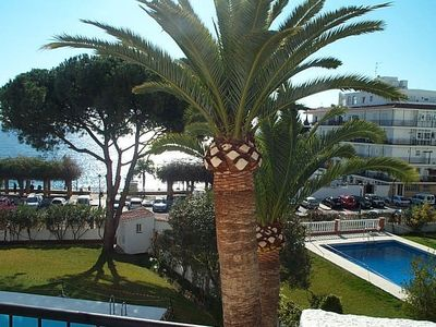 Photo for Verdemar. Three bedroom, two bathroom apartment. Two minutes to Beach. Sea view.
