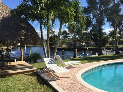 Relaxing, private getaway with amazing water views at our SUPER PARADISE!